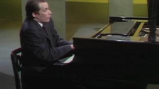 グレン・グールド【前衛的なバッハ弾き】