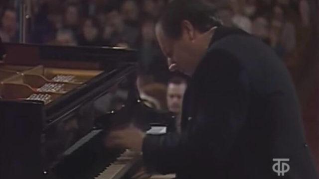 グレゴリー・ソコロフ【神と崇められる幻のピアニスト】
